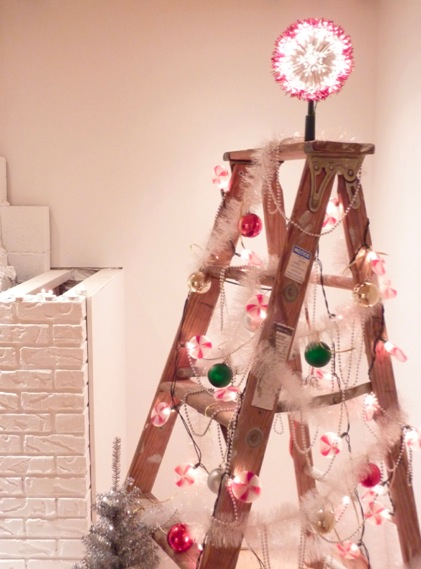 alternativechristmas-tree-ladder
